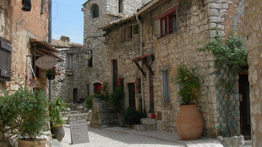 Full day trip to cannes grasse gourdon tourrettes st paul - Office de tourisme saint paul de vence ...
