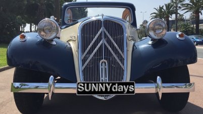Citroën Traction used for vintage car tours by SUNNYdays Prestige Travel
