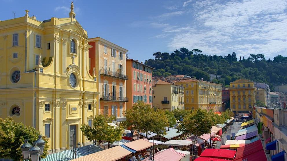 Cours Saleya, Nice, seen during a day trip with Sunny Days Prestige Travel. Image courtesy: http://myniceapartment.com
