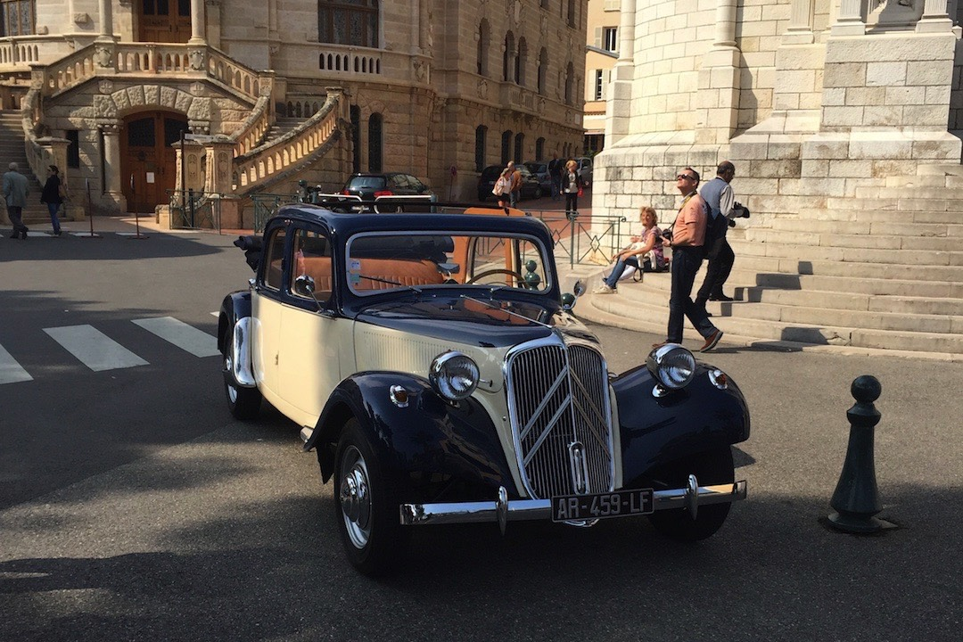 Special events with SUNNYdays Prestige Travel\'s vintage Citroën